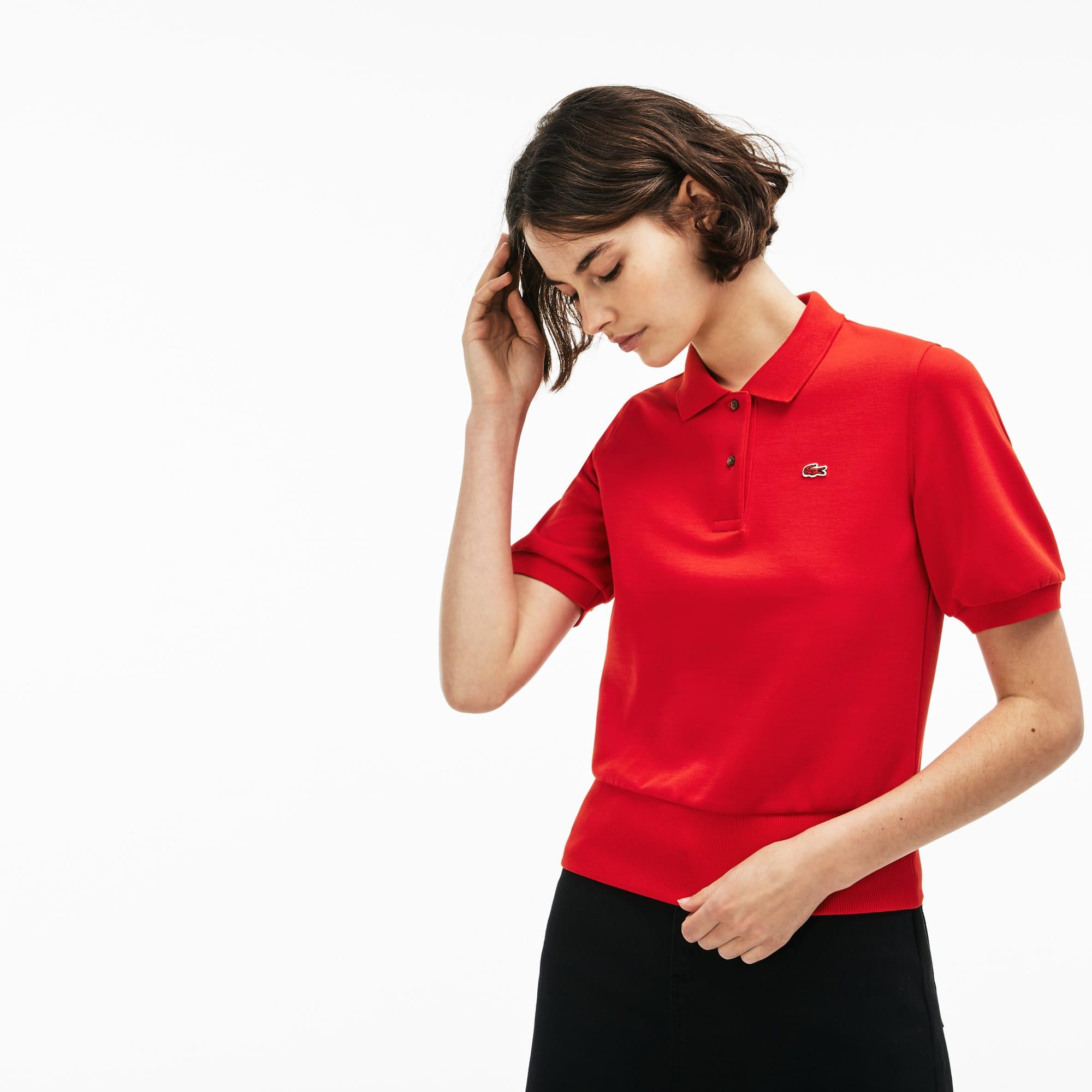 قميص بولو من Lacoste LIVE للنساء من الجيرسي بطبقتين وبقصة واسعة