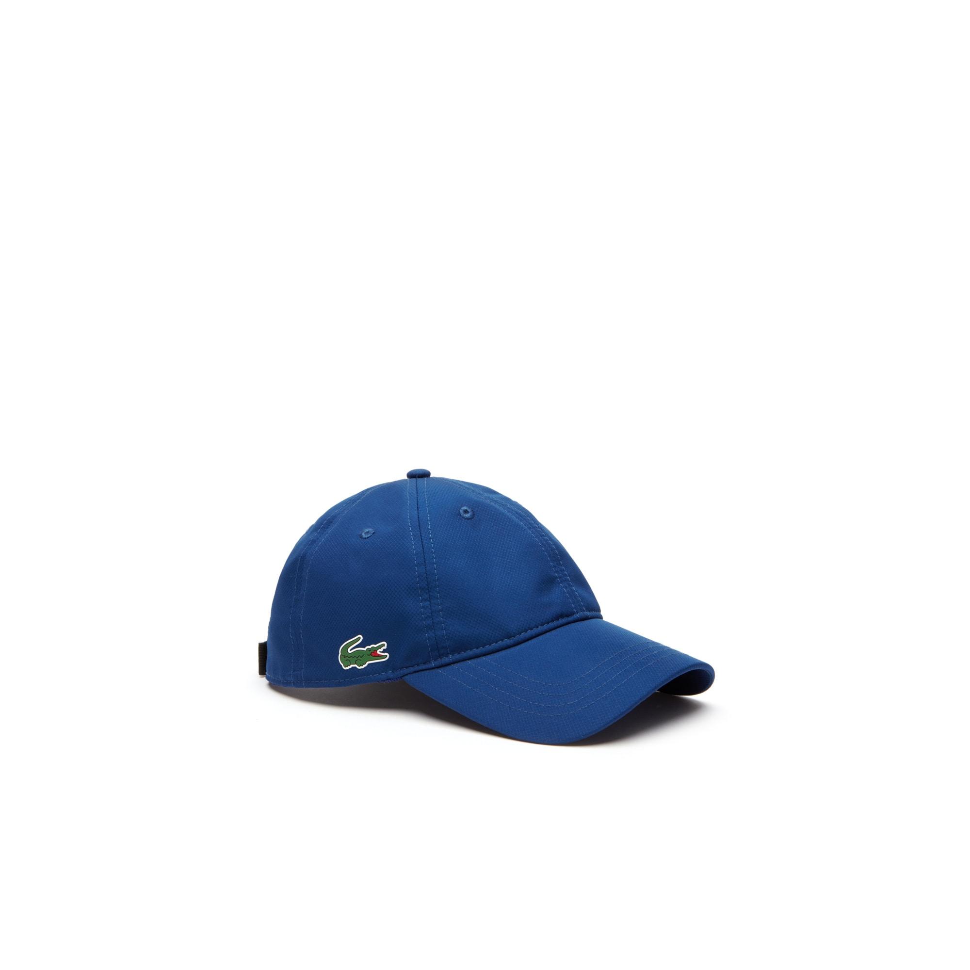 قبعة مصنوعة من نسيج التفتا الرقيق الناعم المغزول على شكل الماسات من مجموعة Lacoste SPORT للرجال
