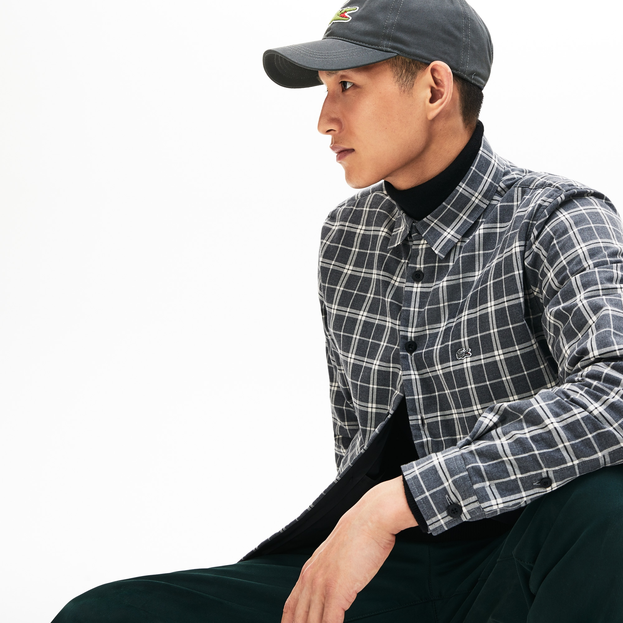 Gabardine cap with oversized crocodile