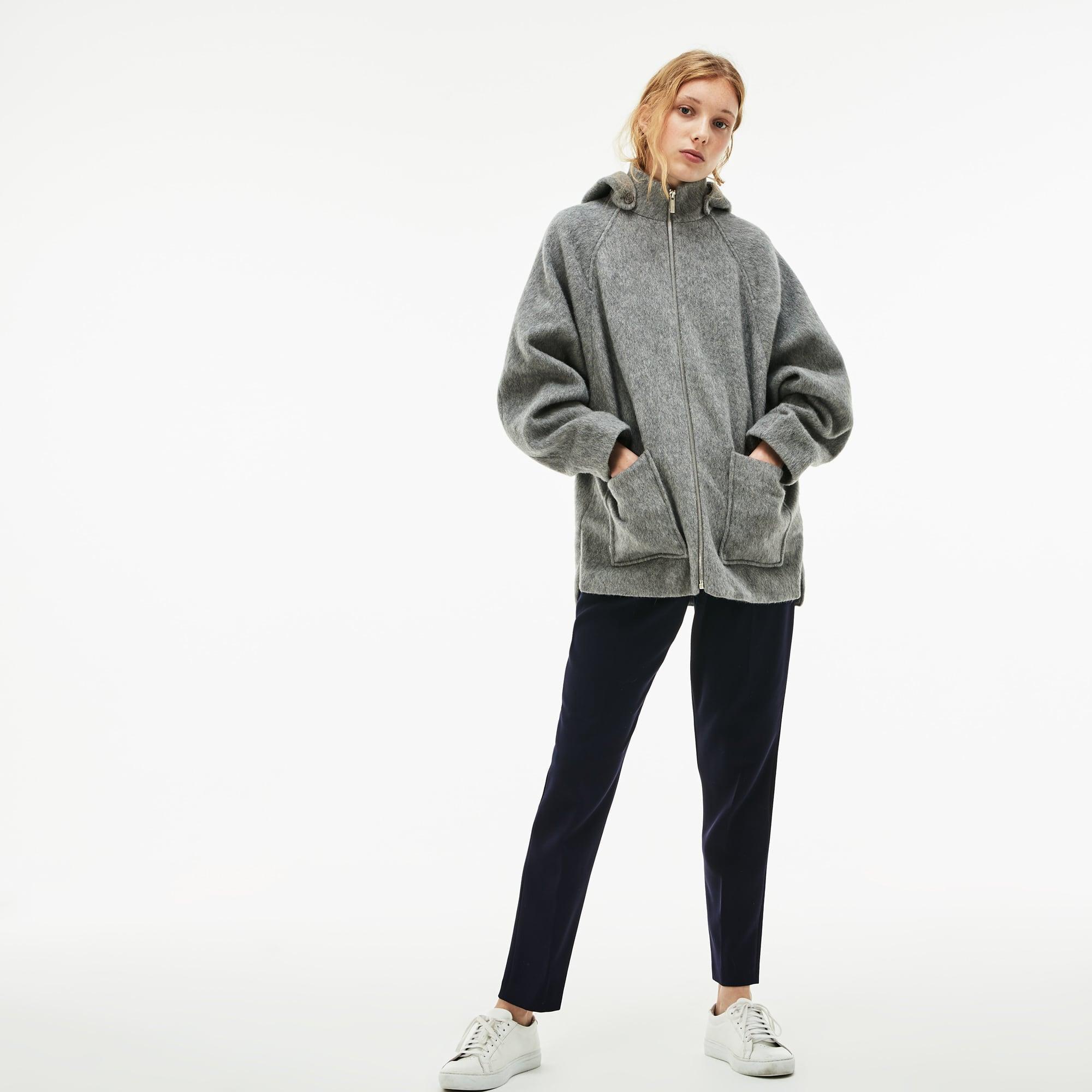 Kurzer Damenmantel aus Woll- und Mohair-Walkstoff