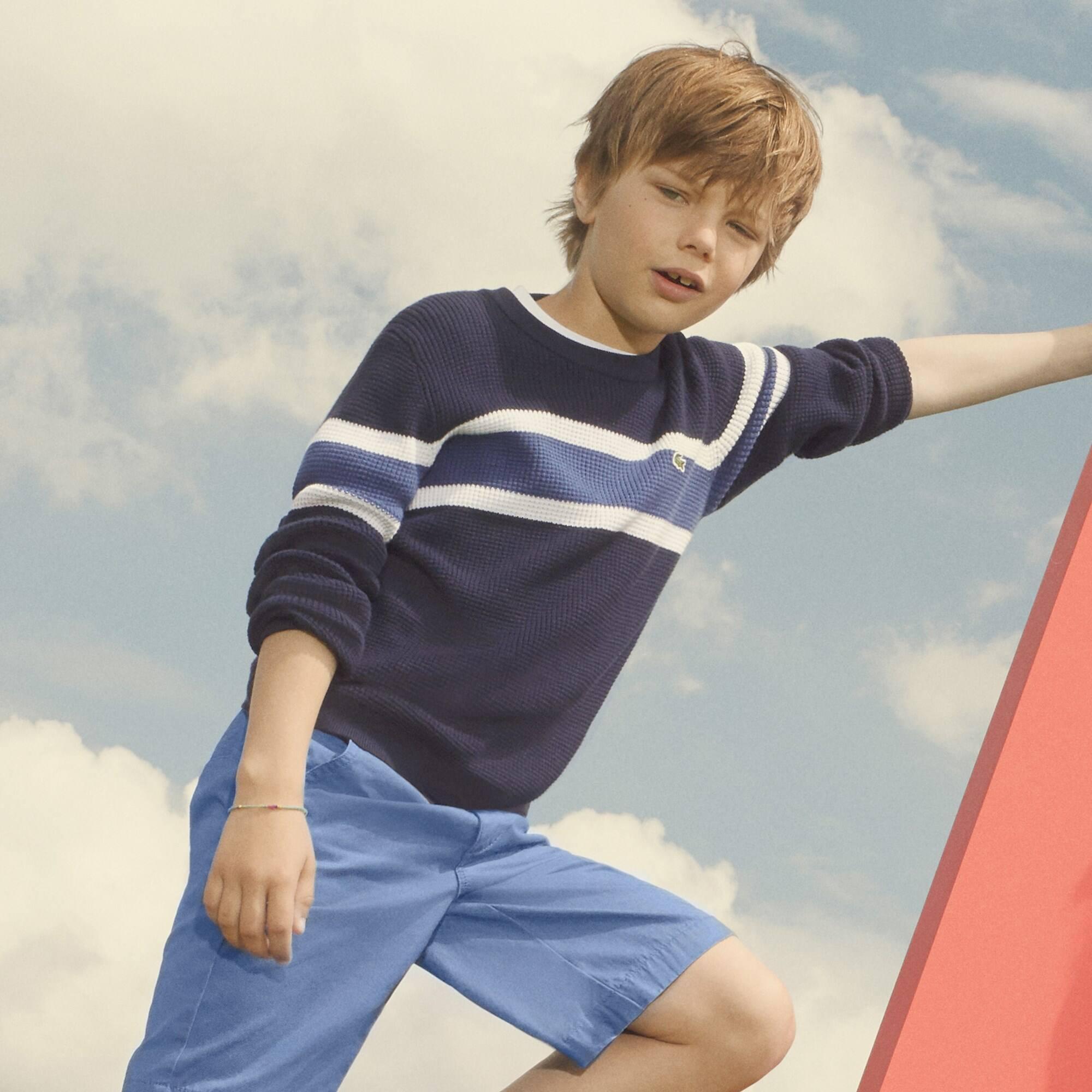 Jungen-Rundhalspullover aus Waben-Strickware mit Kontraststreifen