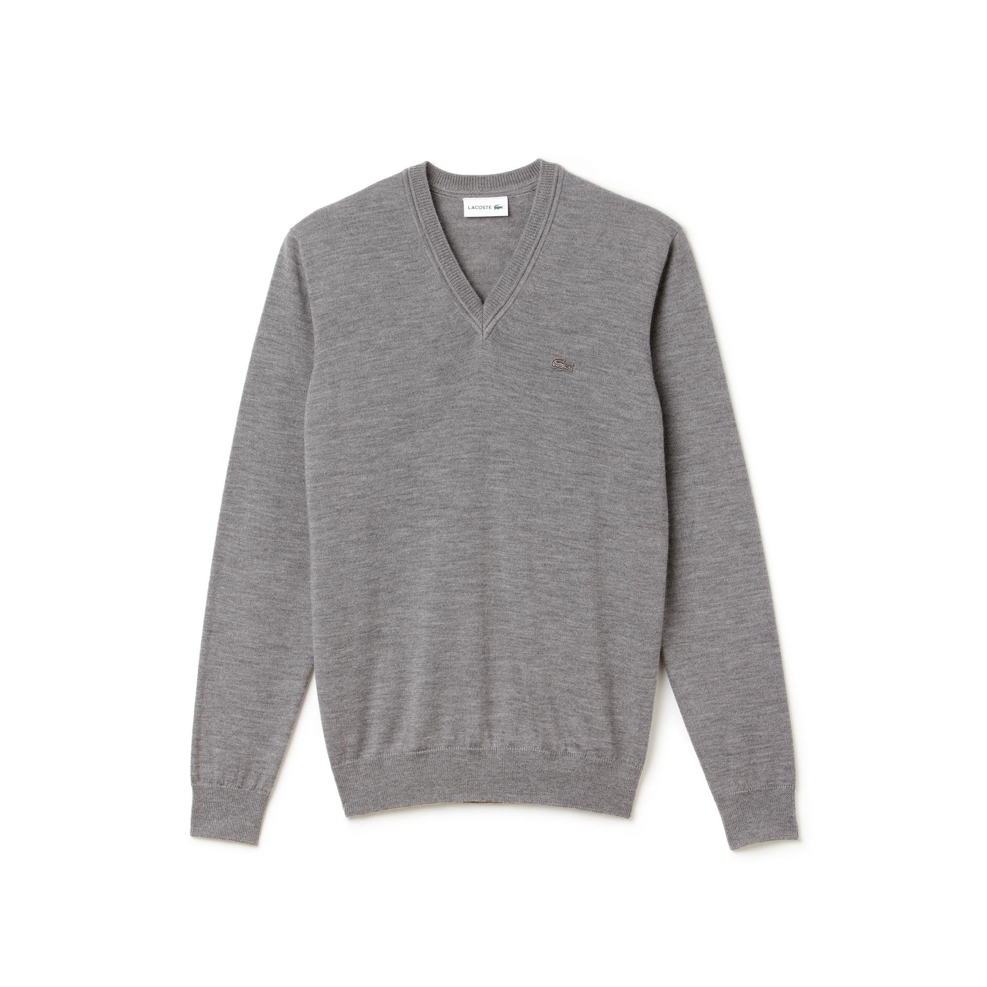 Herren-Pullover aus Woll-Jersey mit V-Ausschnitt