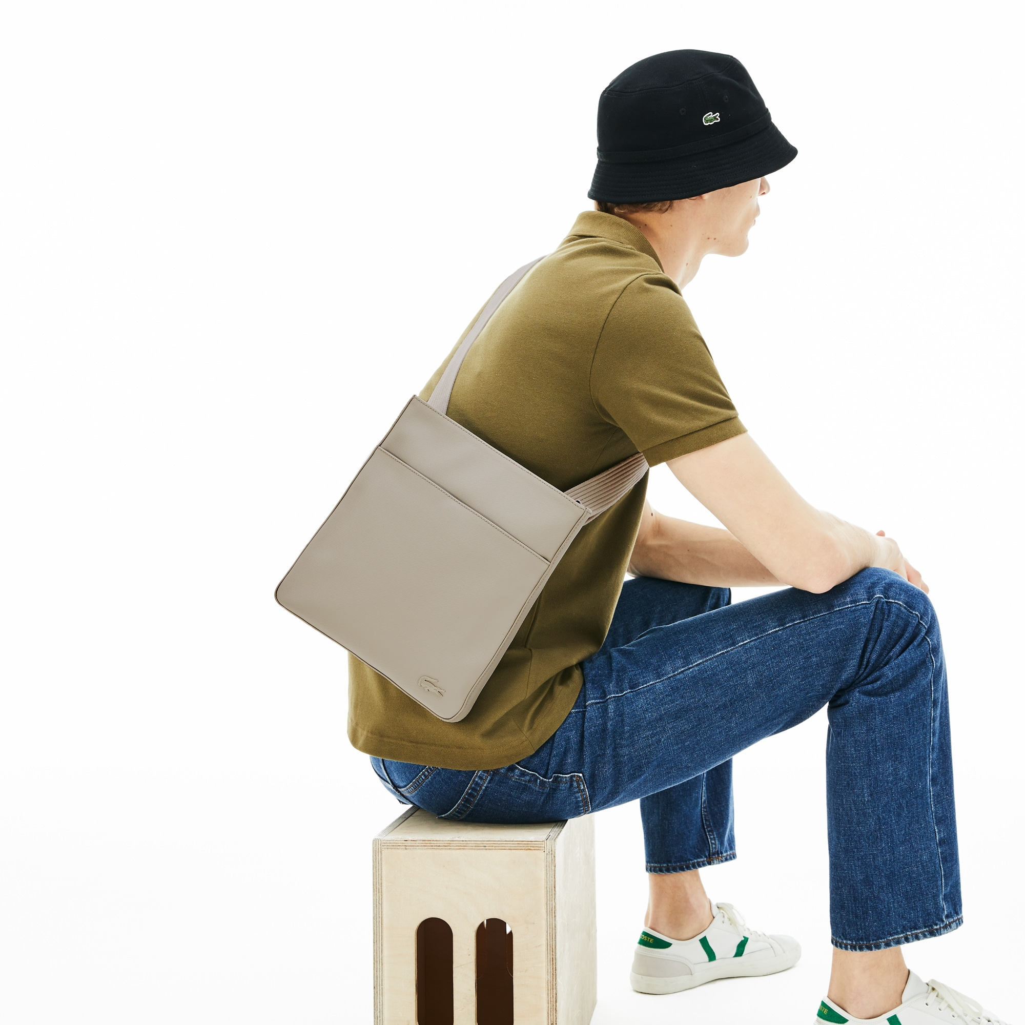 5124140bae Sacs et Sacoches Homme | Maroquinerie Homme | LACOSTE