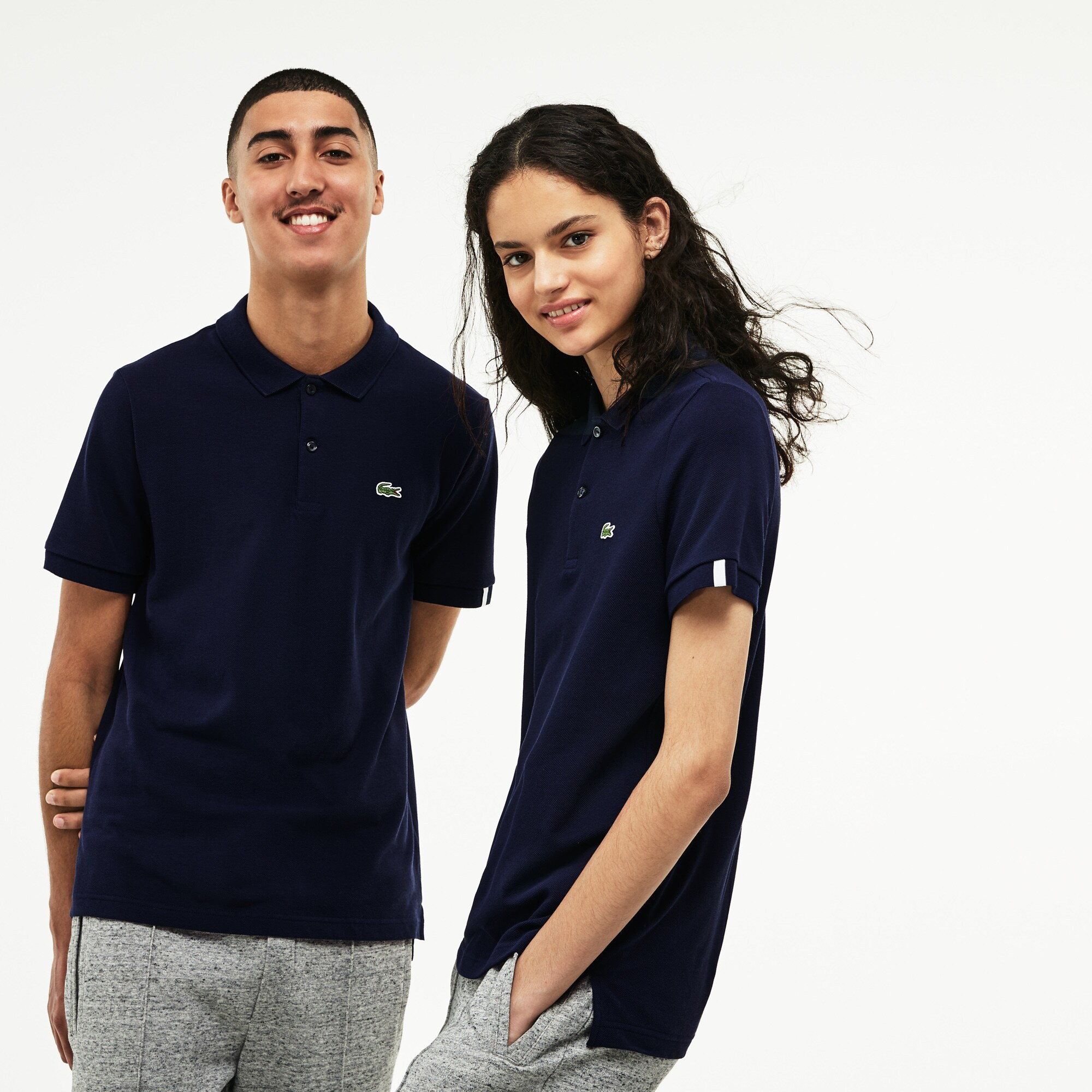 Camisas polo para mulheres  manga longa e sem manga   LACOSTE bda36b77c5