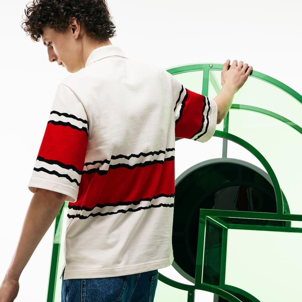 06ed2447c4a01 Camisa Polo Lacoste Fashion Show Masculina em Jérsei de Algodão com Listras  Largas