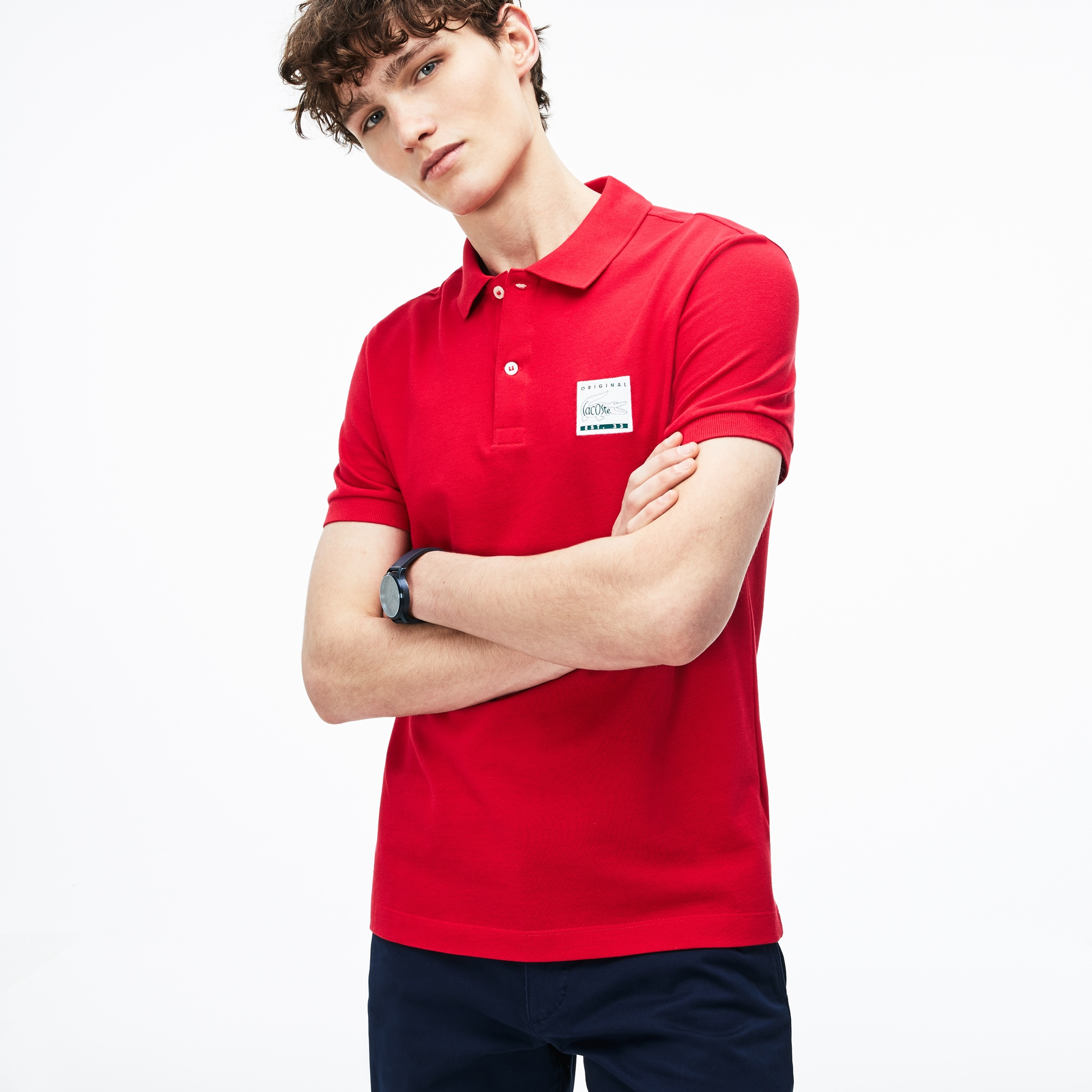 Polo regular fit Lacoste en petit piqué de coton uni avec patch