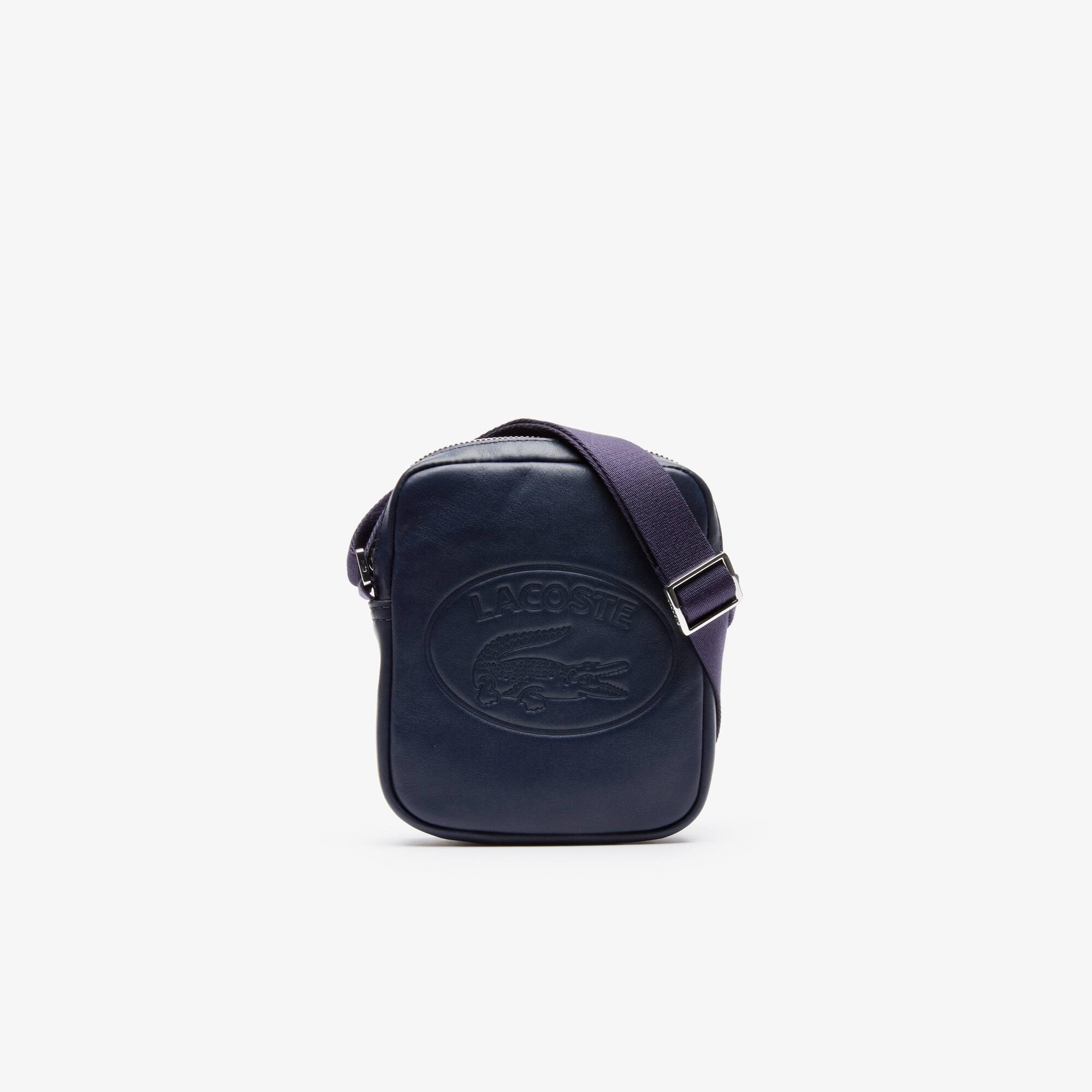 Artikel klicken und genauer betrachten! - Diese lässige Tasche aus italienischem Leder ist mit einem kultigen ovalen Branding versehen. Perfekt für den urbanen Look. | im Online Shop kaufen