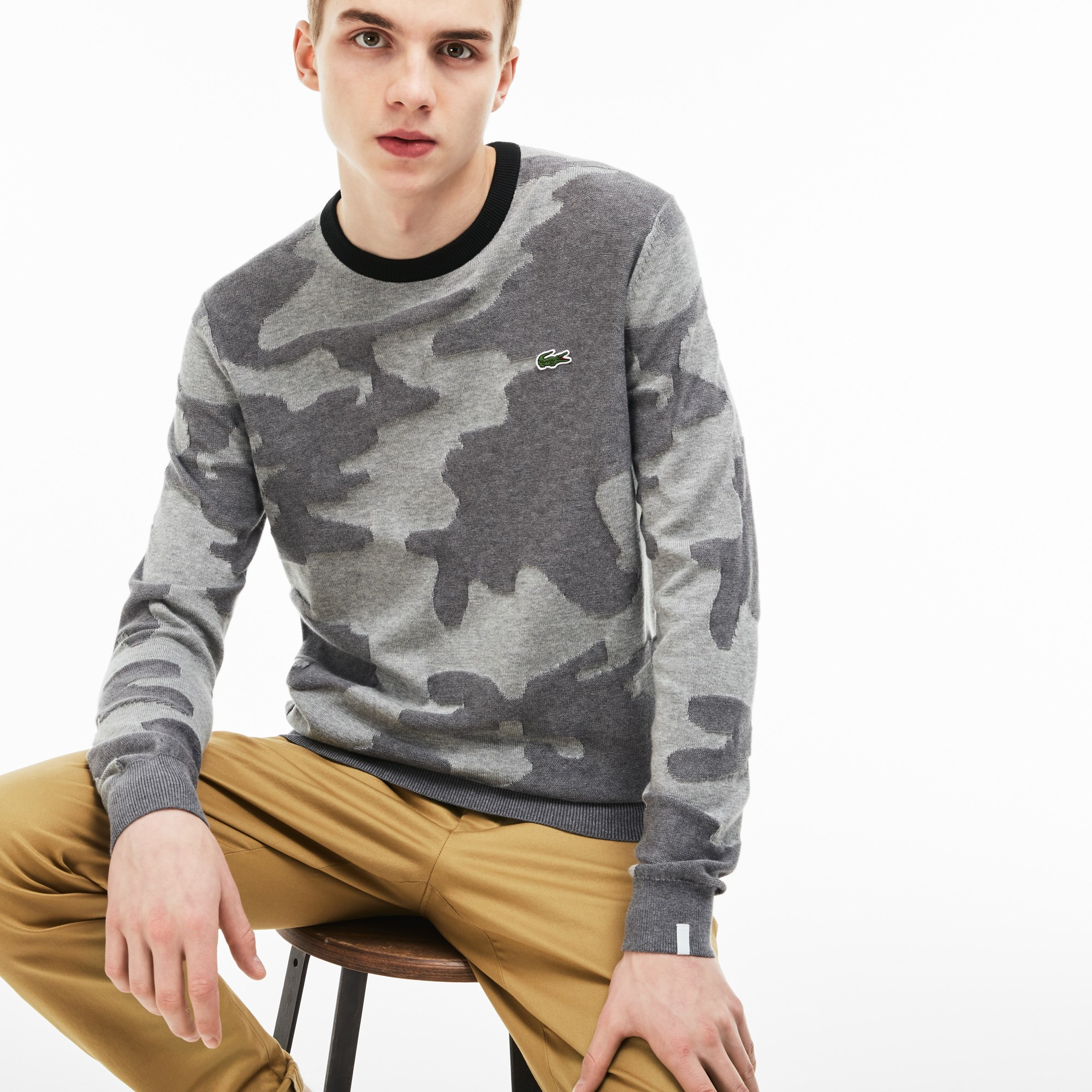 Men's Lacoste LIVE Crew Neck Camouflage Print Jacquard Sweater