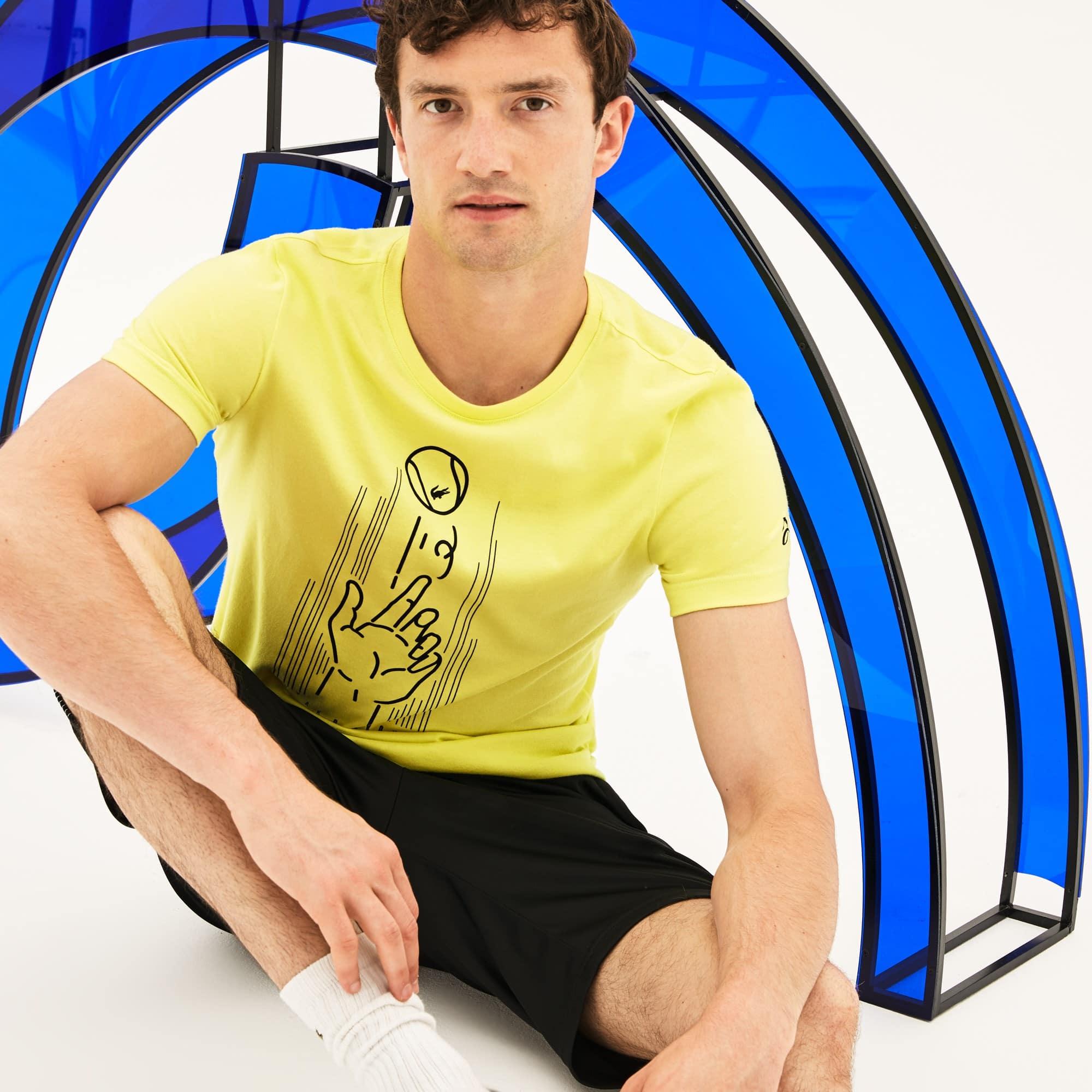 Camiseta De Hombre Lacoste SPORT Novak Djokovic Support With Style -Off Court Collection En Tejido De Punto Técnico Estampado Con Cuello Redondo