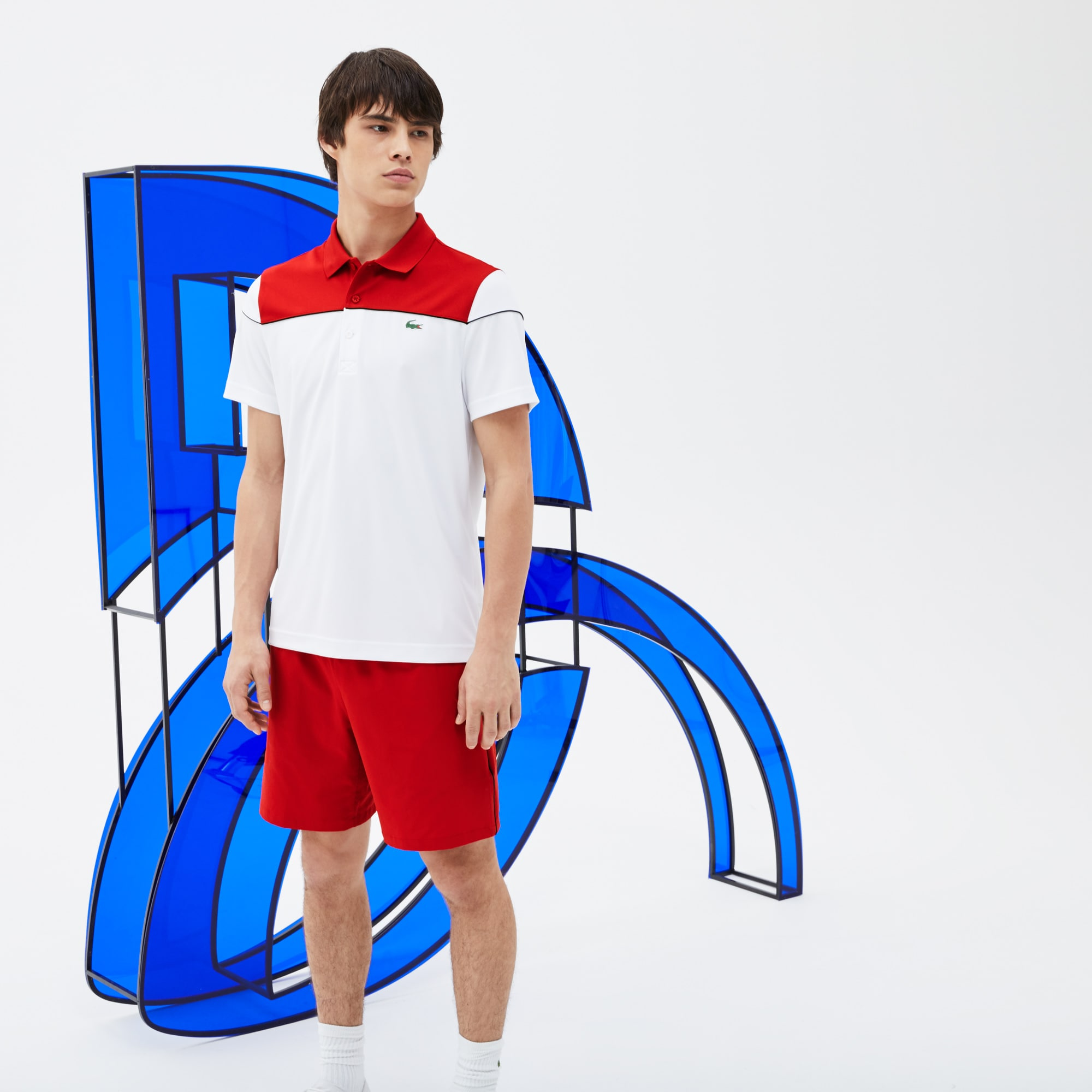 Short technique Lacoste SPORT COLLECTION NOVAK DJOKOVIC SUPPORT WITH STYLE en stretch avec piping
