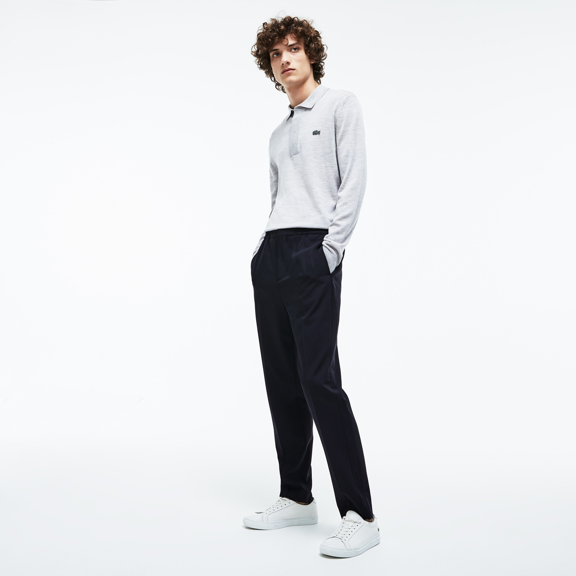 Pantalon chino à pinces Lacoste Motion en twill de laine stretch