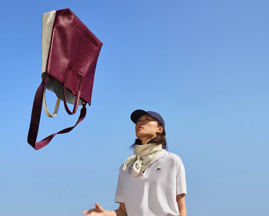 lacoste_women_leathergoods_bagscabas_entry_1
