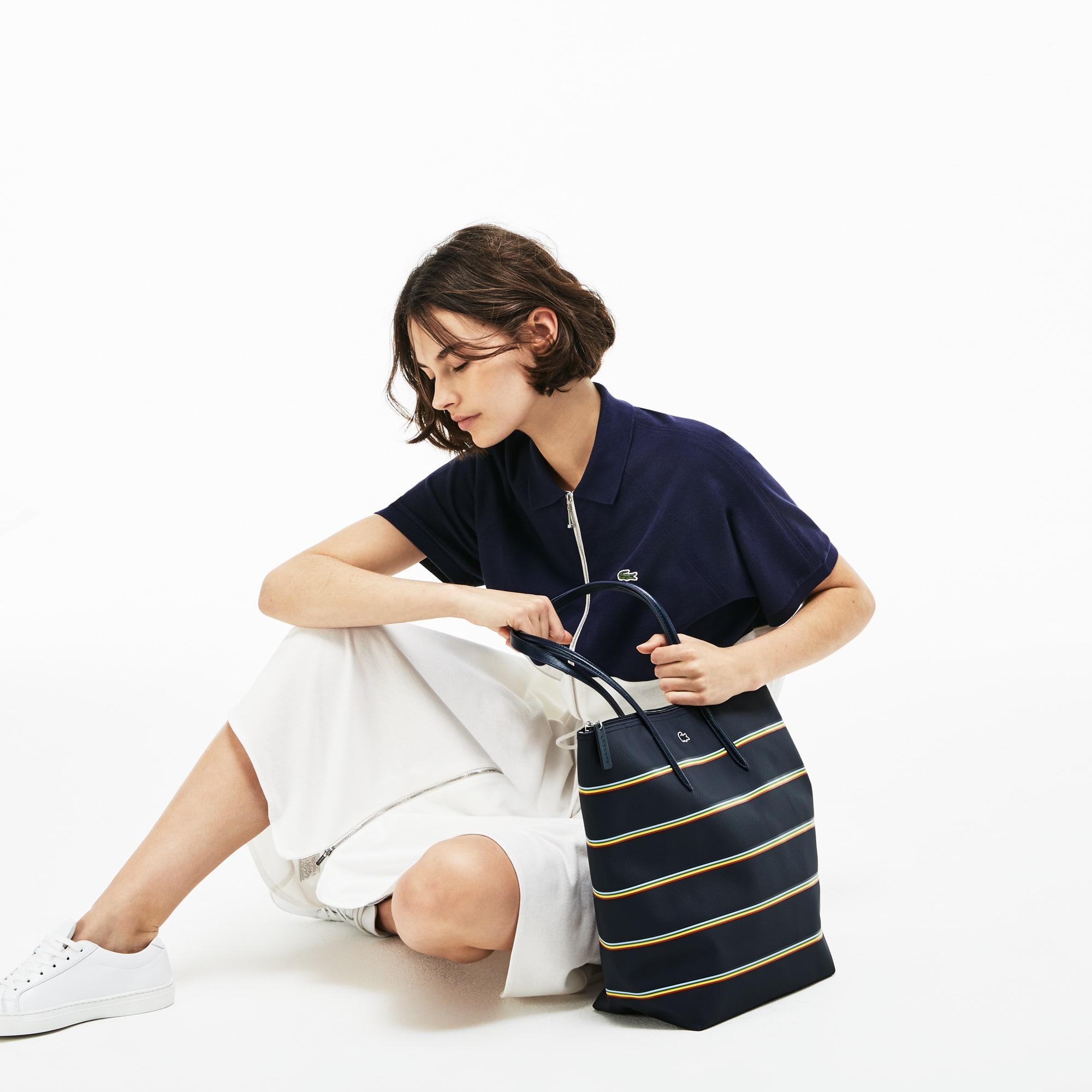 Damen L.12.12 Concept vertikale Tote Bag mit Regenbogenstreifen