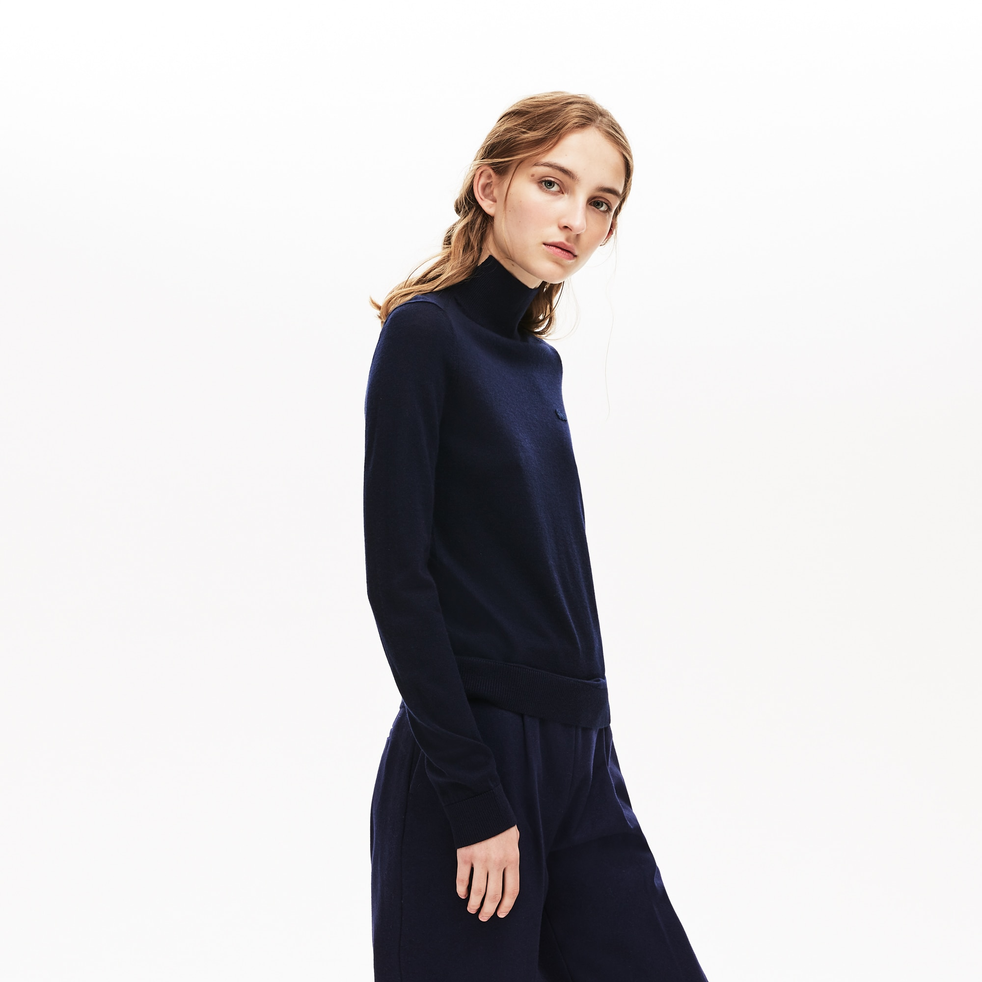 Women's Notched Turtleneck Wool Sweater