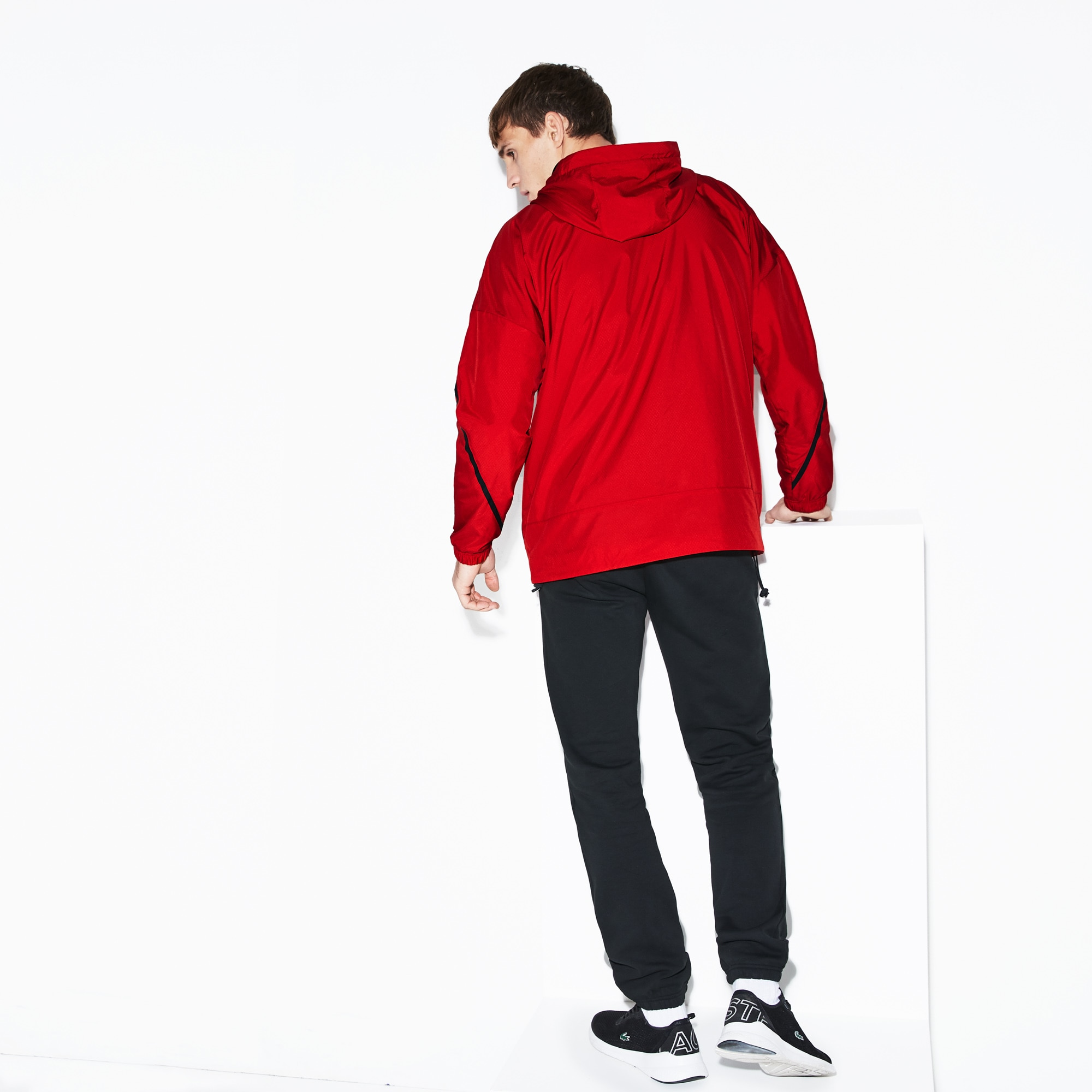 Men's Lacoste SPORT Kangaroo Pocket Pullover Water-Resistant Windbreaker
