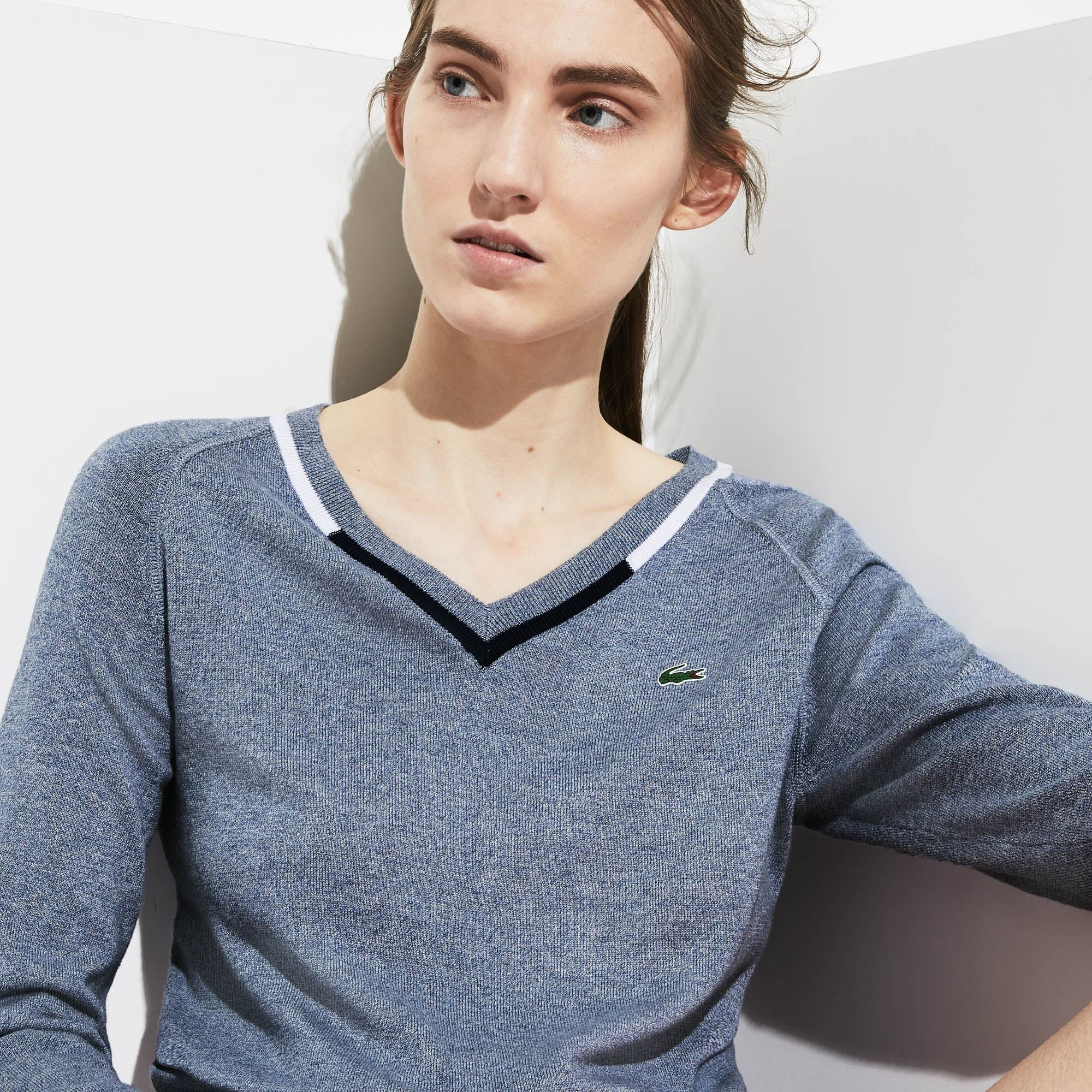 Women's Lacoste SPORT V-Neck Thermoregulating Knit Golf Sweater