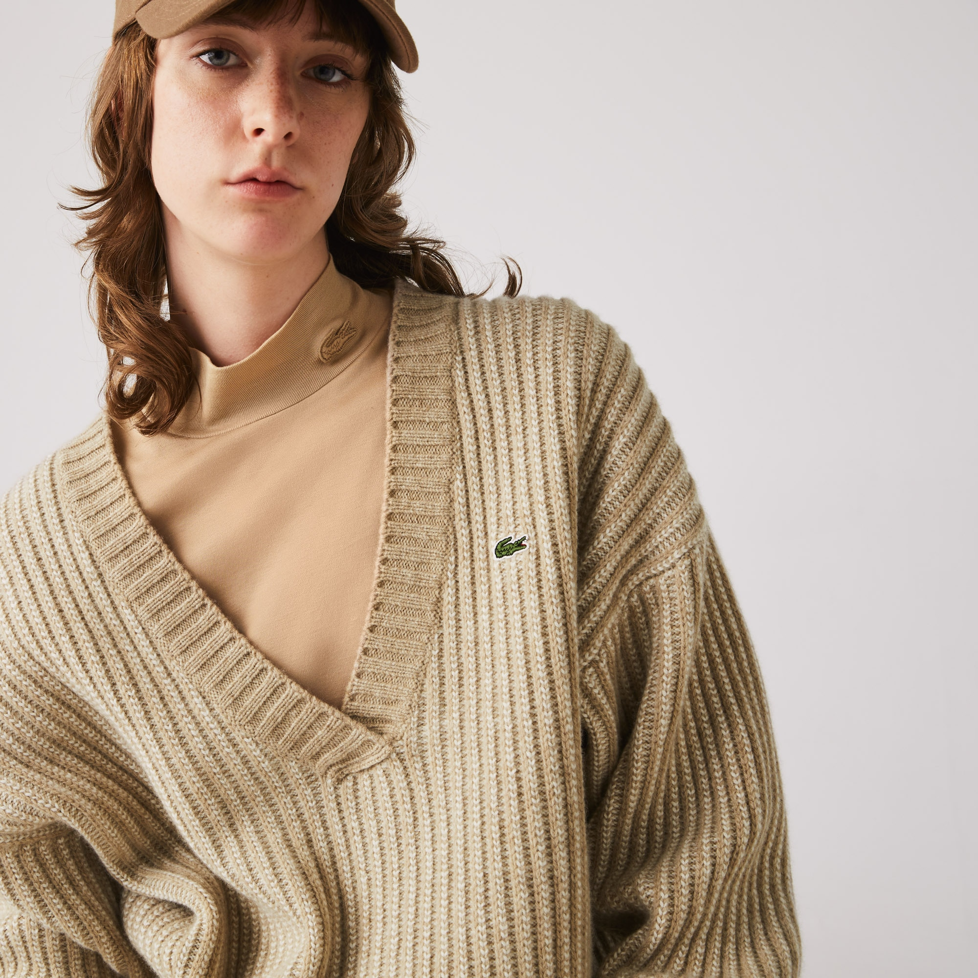 Women S Two Tone Low V Neck Ribbed Wool Sweater Lacoste