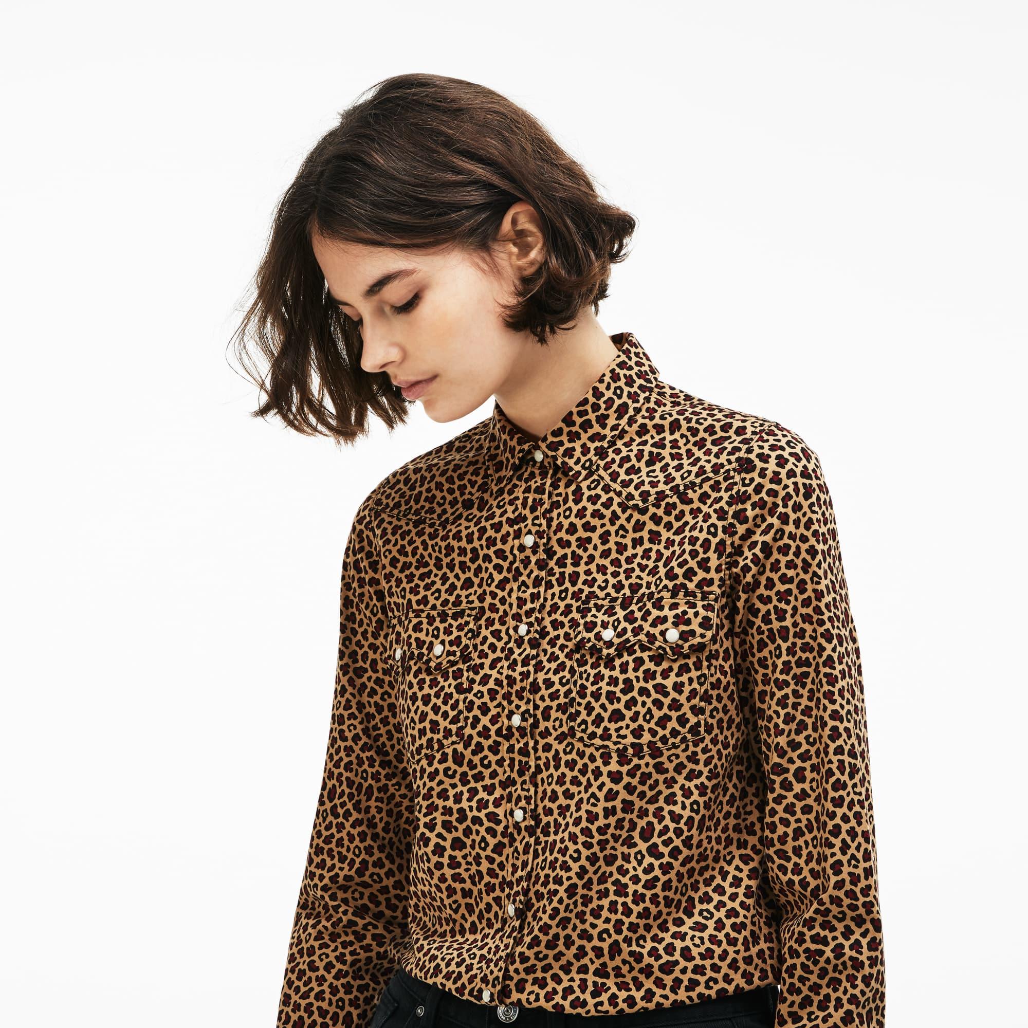 Camisa De Mujer Lacoste LIVE Slim Fit En Sarga Elástica Con Estampado De Leopardo