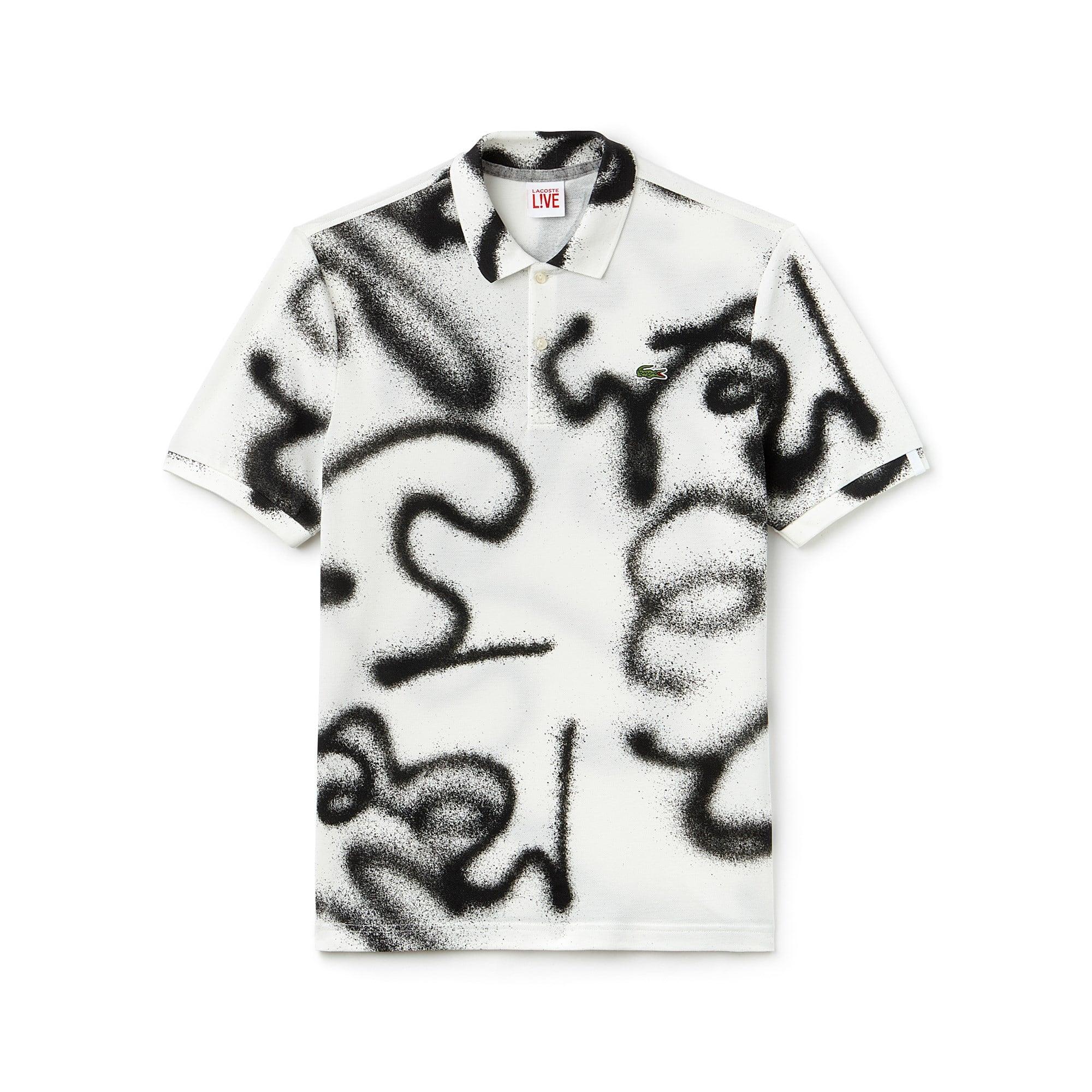 Polo regular fit Lacoste LIVE en mini piqué imprimé graffitis