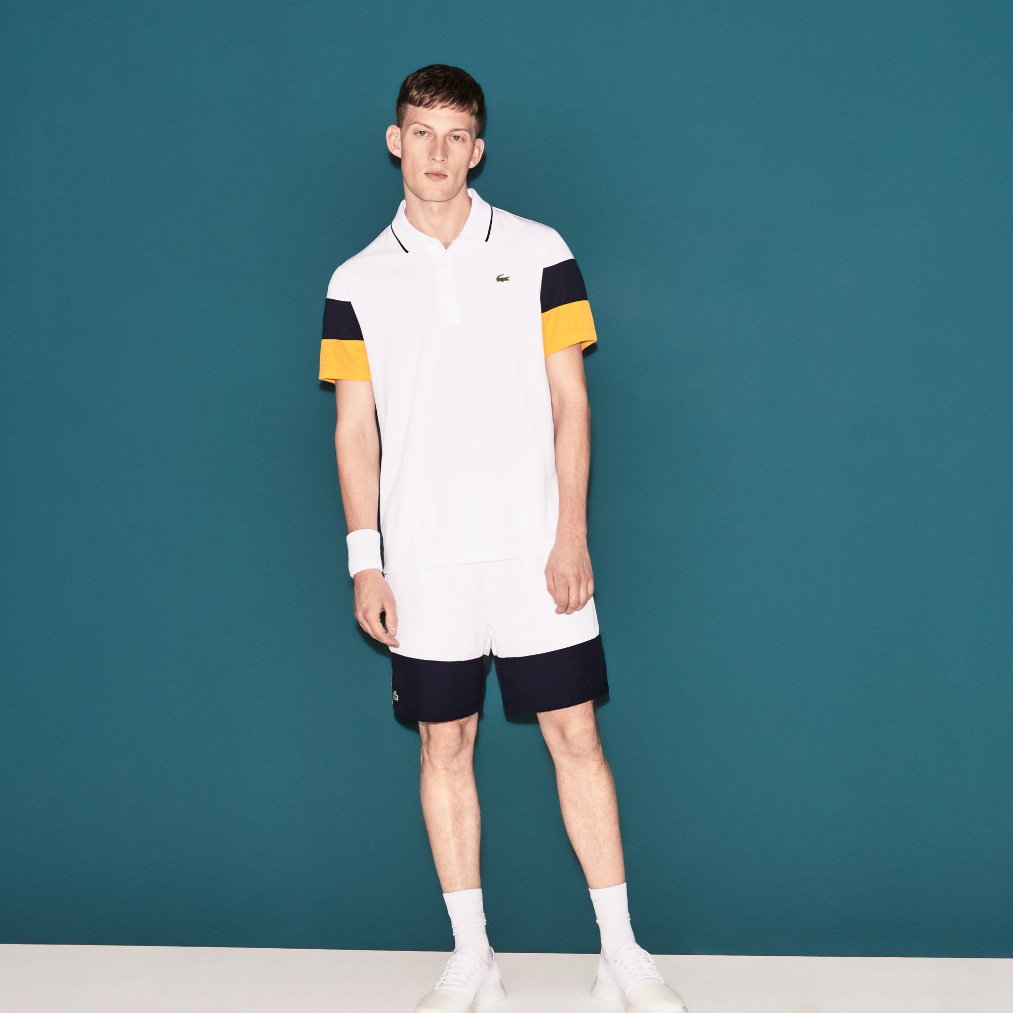 Short Lacoste SPORT en taffetas color block