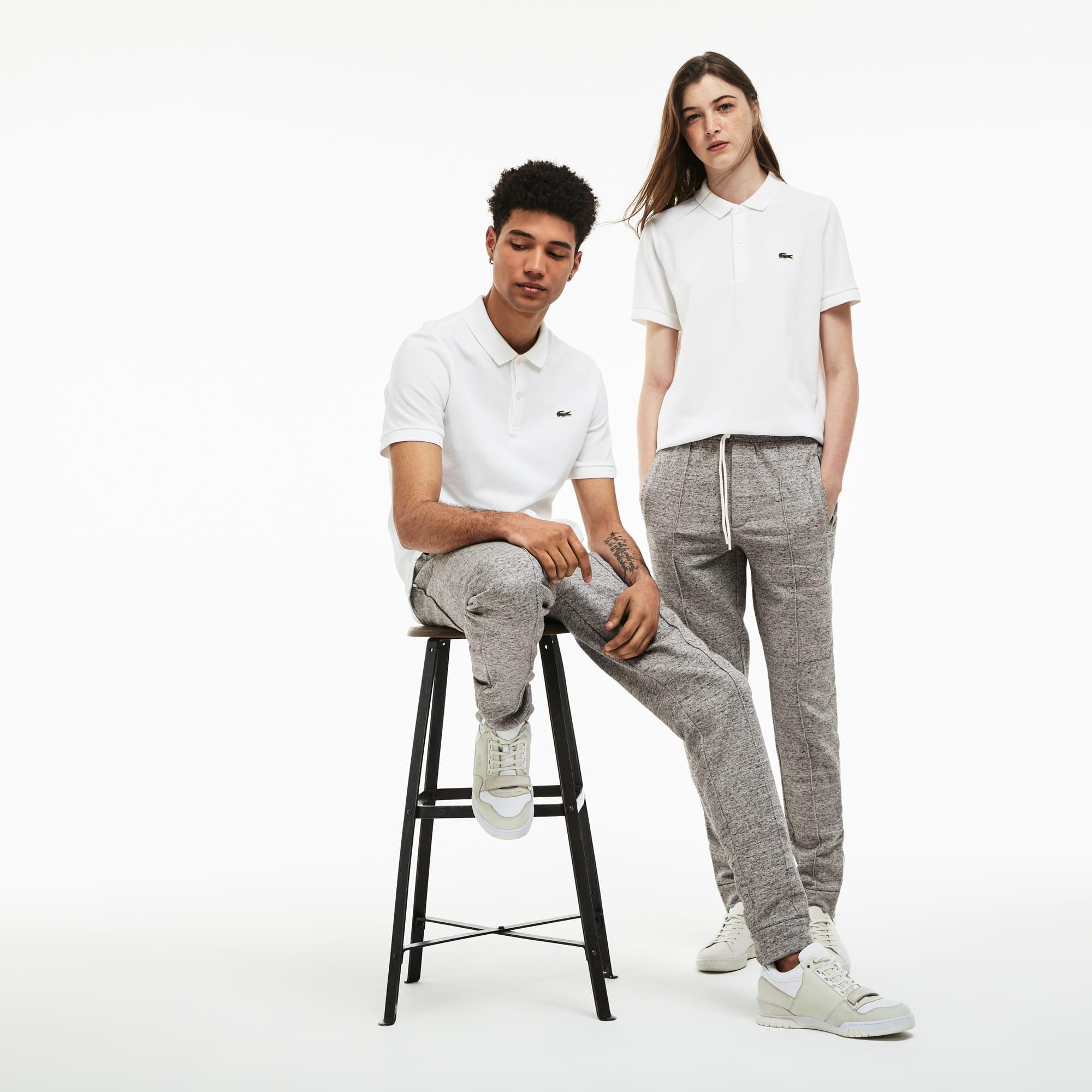 Pantaloni da jogging unisex di stile urbano con pince Lacoste LIVE in mollettone tinta unita