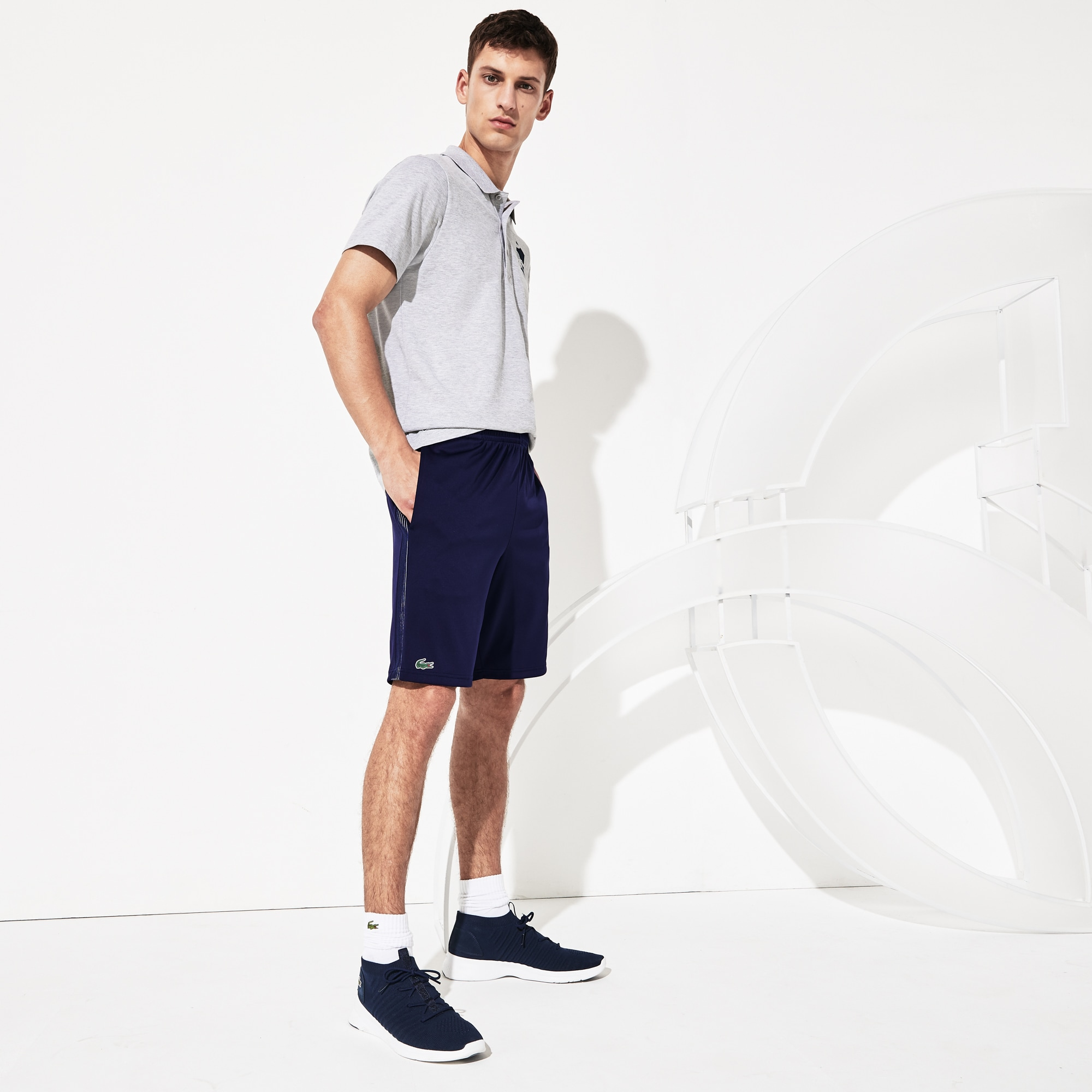 Pantaloncini Lacoste SPORT Collezione Novak Djokovic Support With Style - Off Court in piqué tecnico tinta unita
