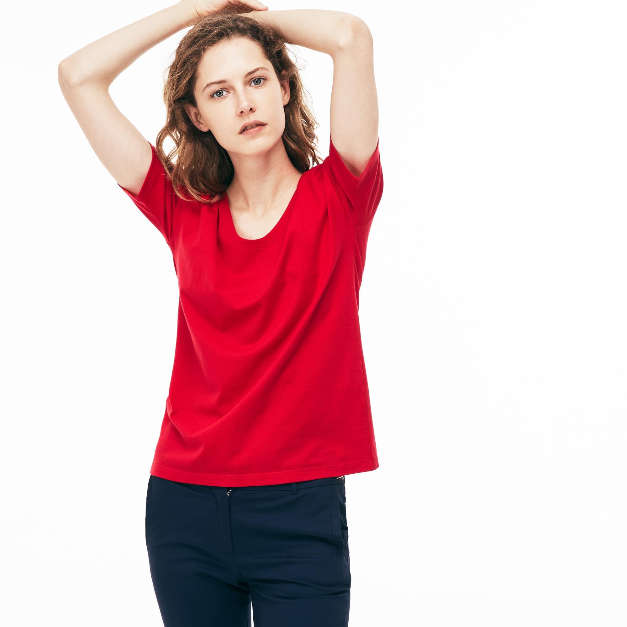 T-shirt con collo svasato in jersey di cotone morbido tinta unita