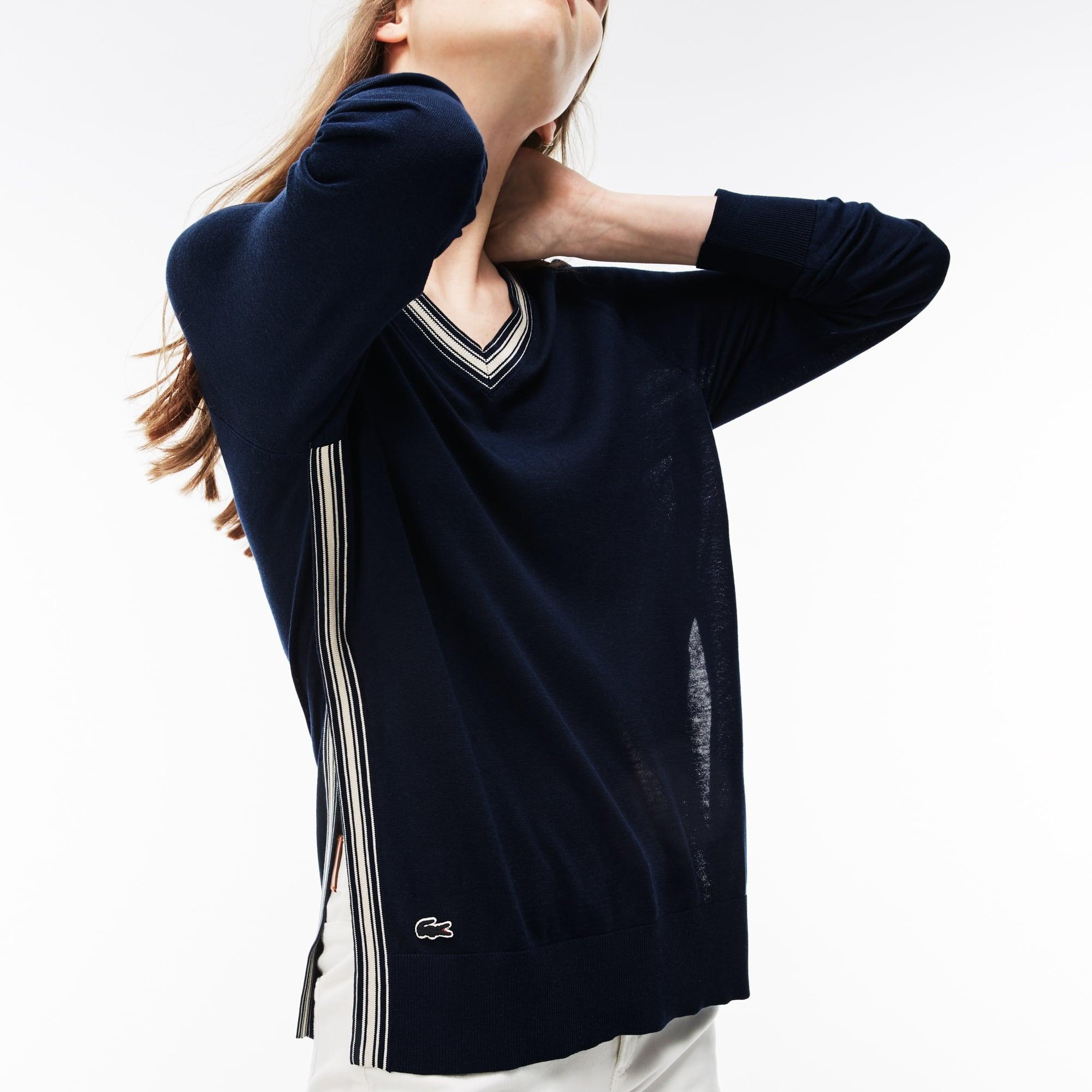 Pullover con collo a V e spacco in jersey di seta e cotone con bordino
