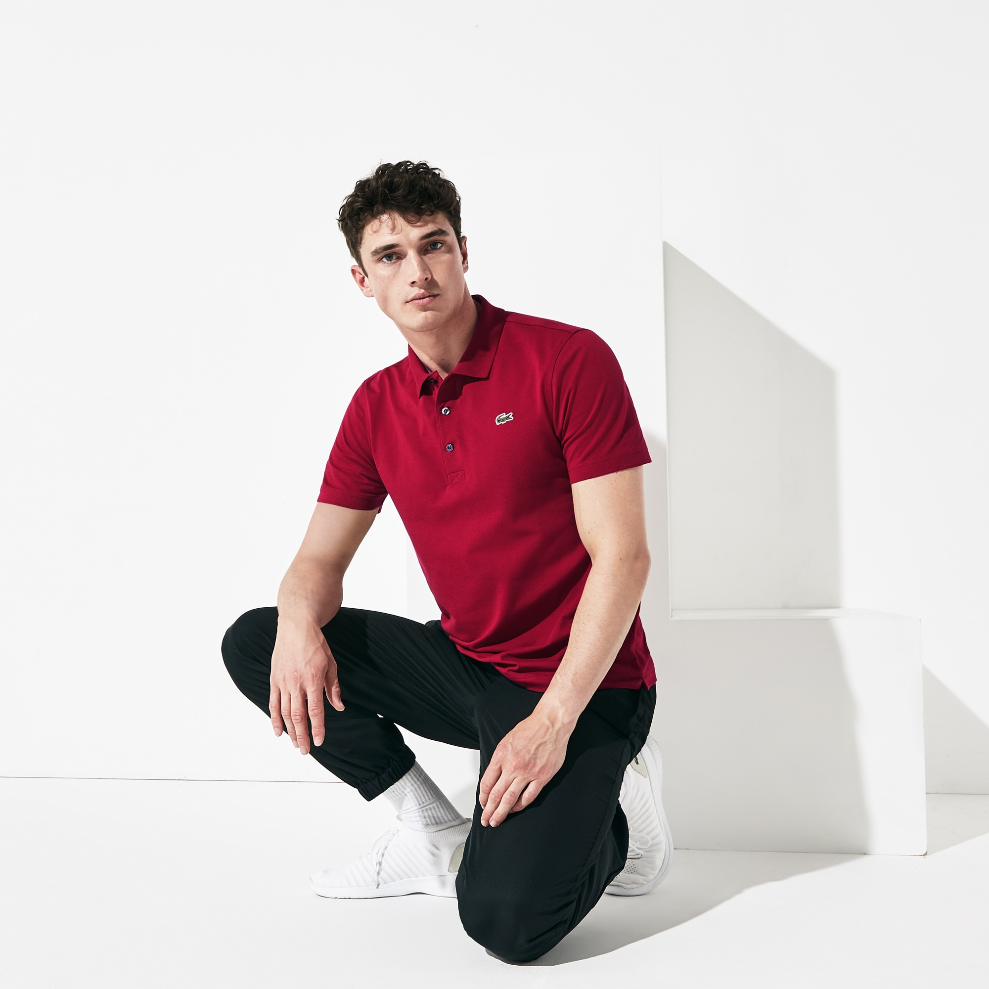 Polo regular fit Lacoste SPORT em malha superleve