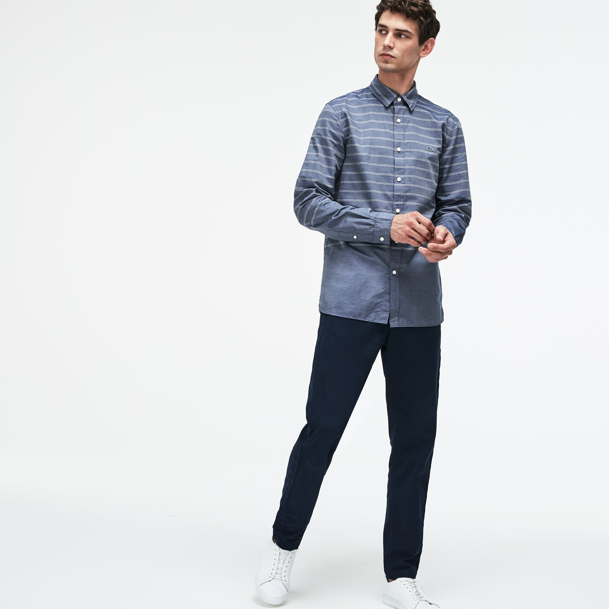 Camisa slim fit Lacoste Motion em popelina às riscas