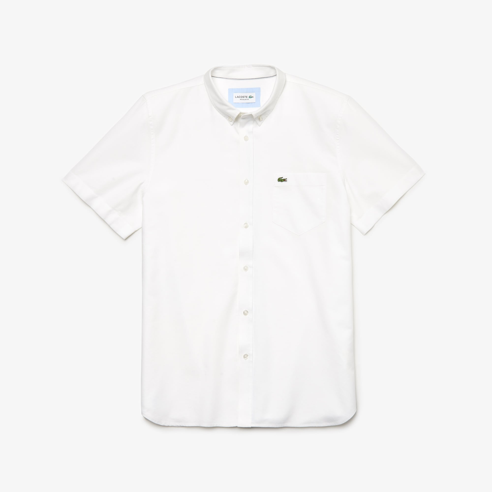 Camisa regular fit de manga curta em algodão Oxford unicolor