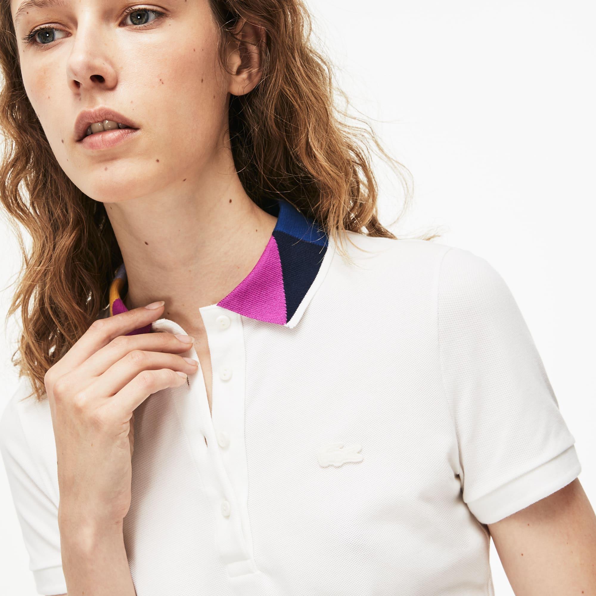 Polo slim fit Lacoste em mini piqué stretch com colarinho color block