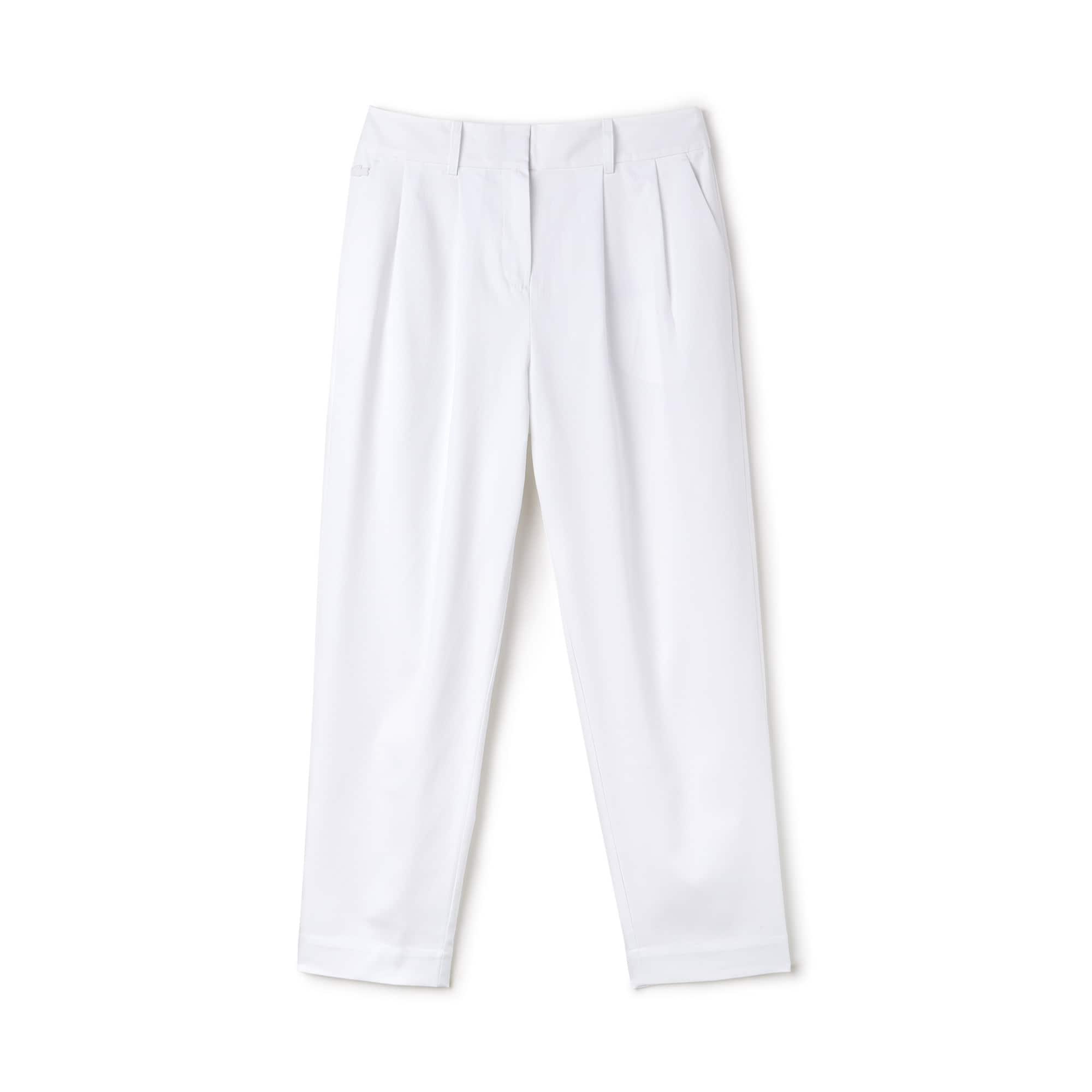 Calças com pinças carrot fit em algodão texturado unicolor