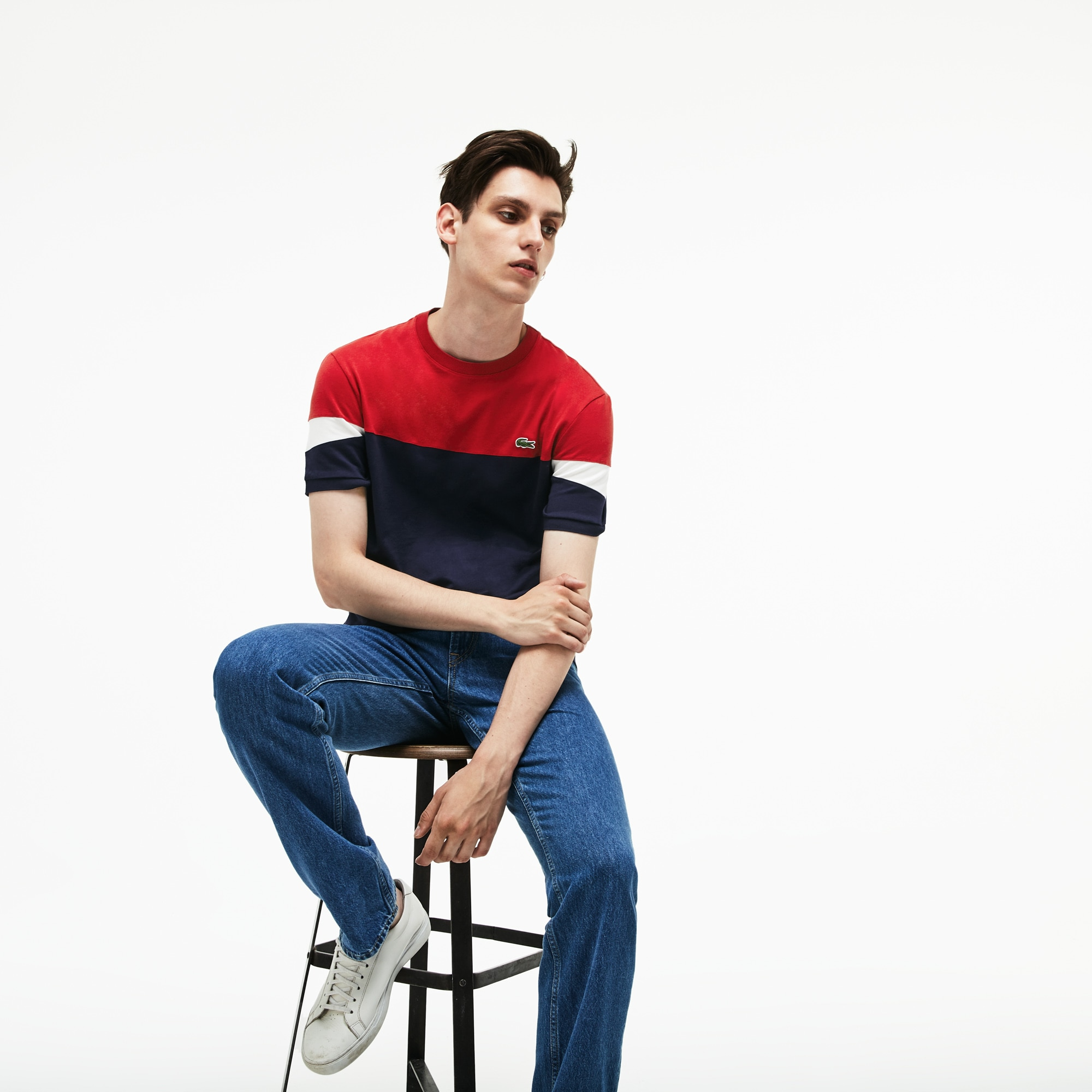 T-shirt decote redondo em jersey flexível color block