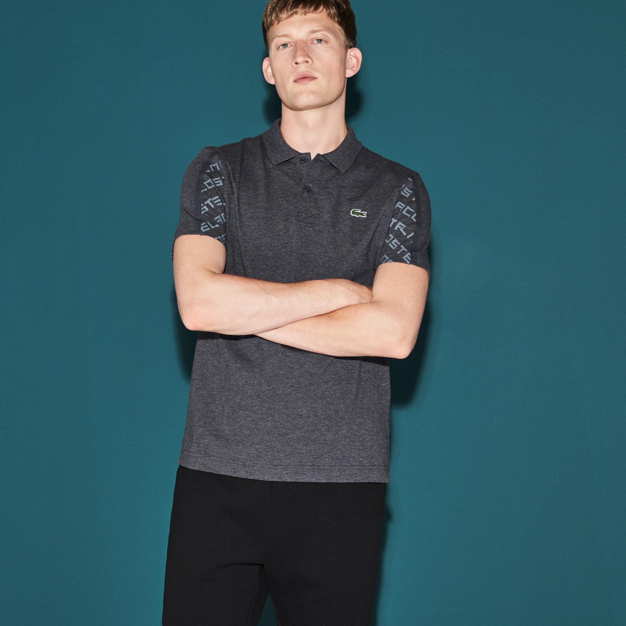 Polo Tennis Lacoste SPORT em malha leve e mangas com impressão